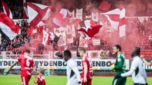 Brann - Sogndal 2-0: store stå tilskuere fans flagg tifo