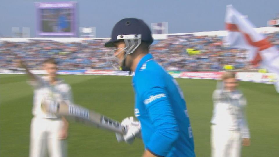 England v India, 5th ODI, England innings