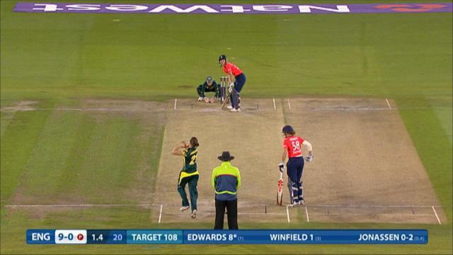England v Australia - Women's Ashes T20, England Innings