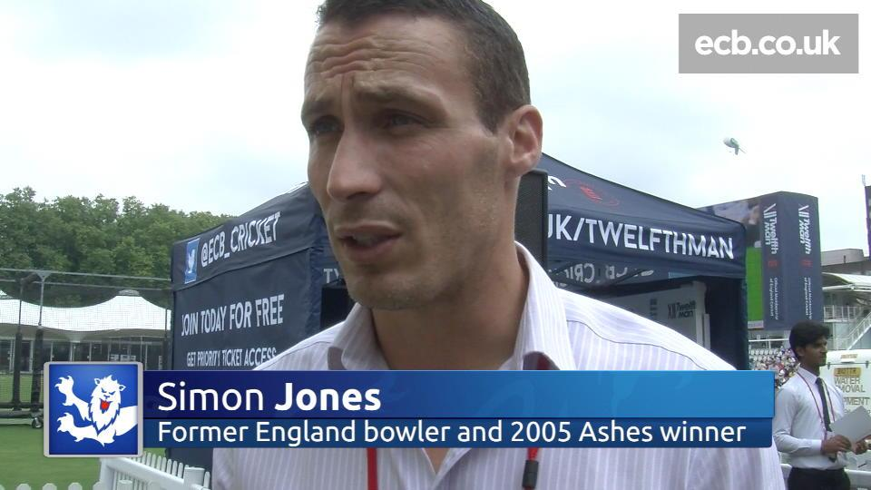 Jones recalls Test debut and 2005
