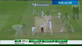 1st Investec Test - The Kia Oval - Day 3 evening