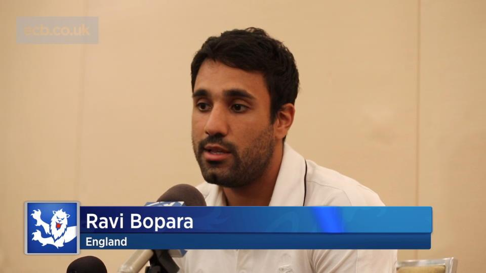 Bopara supports Cook