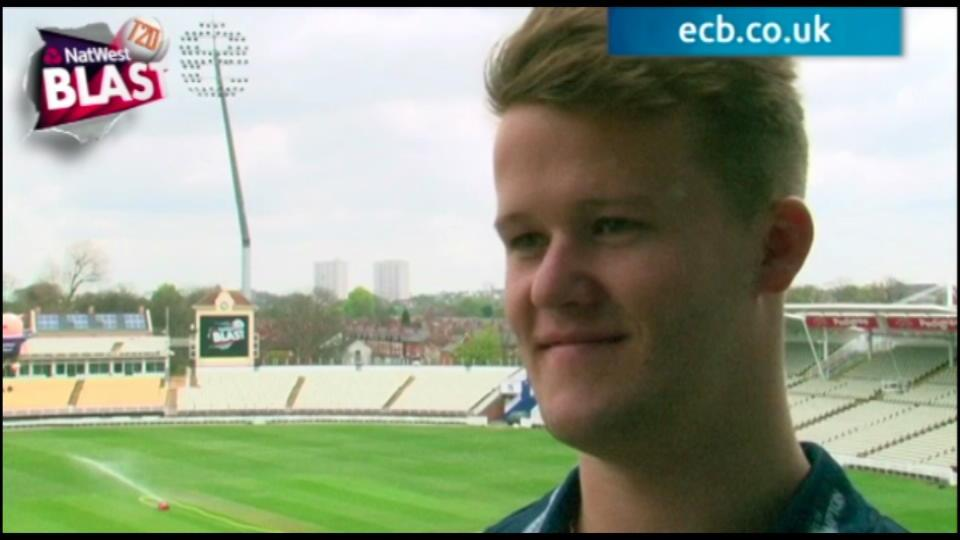 No pressure on us says Duckett