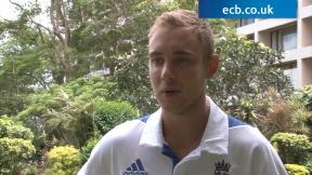 Broad hails attacking style