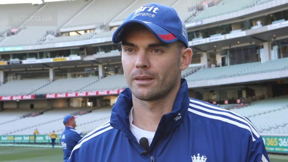 Anderson praises England discipline