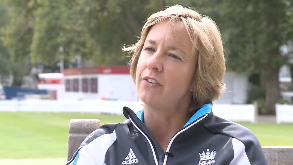 View From The Middle - Autumn 2014 - Women's Cricket - The Professional Era