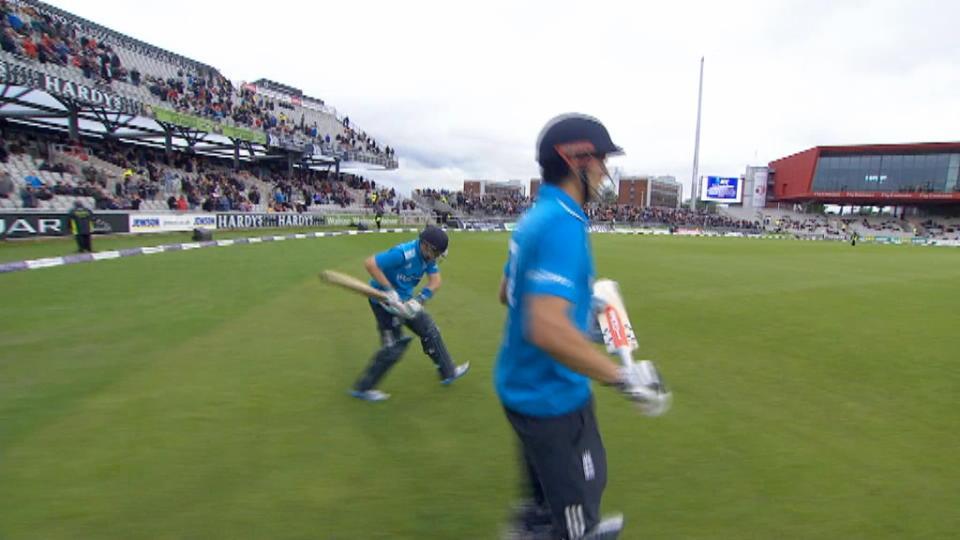 England v Sri Lanka - 3rd ODI - England innings