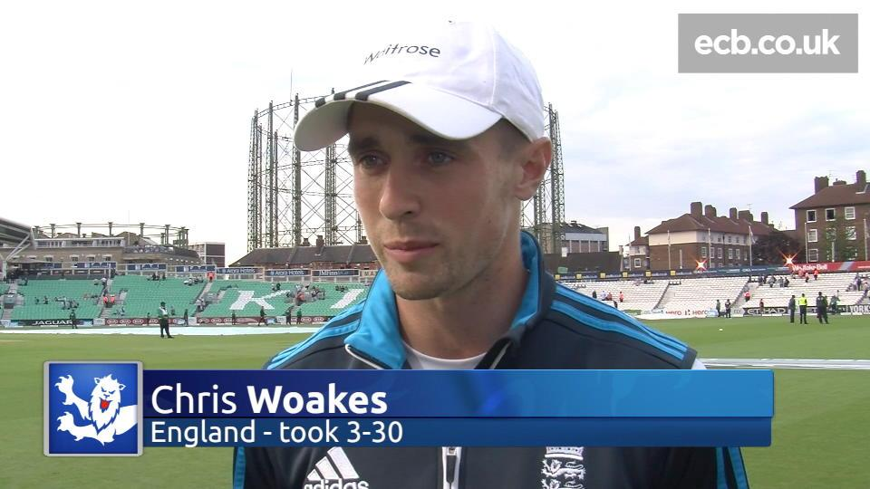 Chris Woakes lauds England pace attack