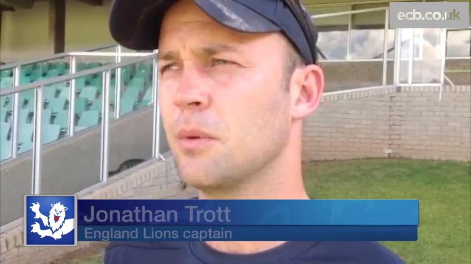 Trott praises centurion Vince