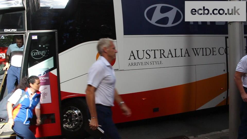England team arrive in Sydney
