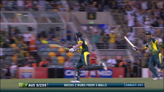 England v Australia: 2nd ODI, Brisbane - Australia innings