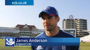Five wickets for Anderson in rollercoaster day