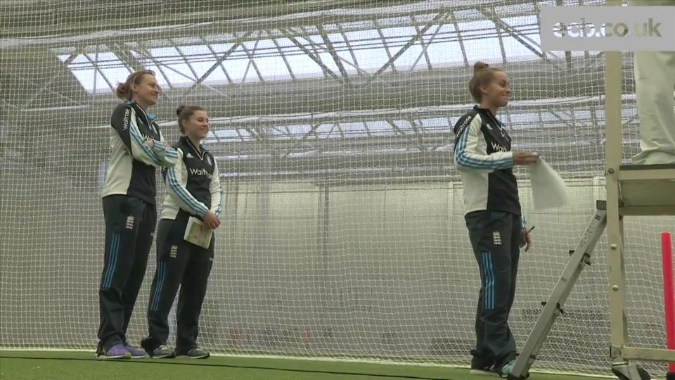 Encouraging women and girls to take part in umpiring