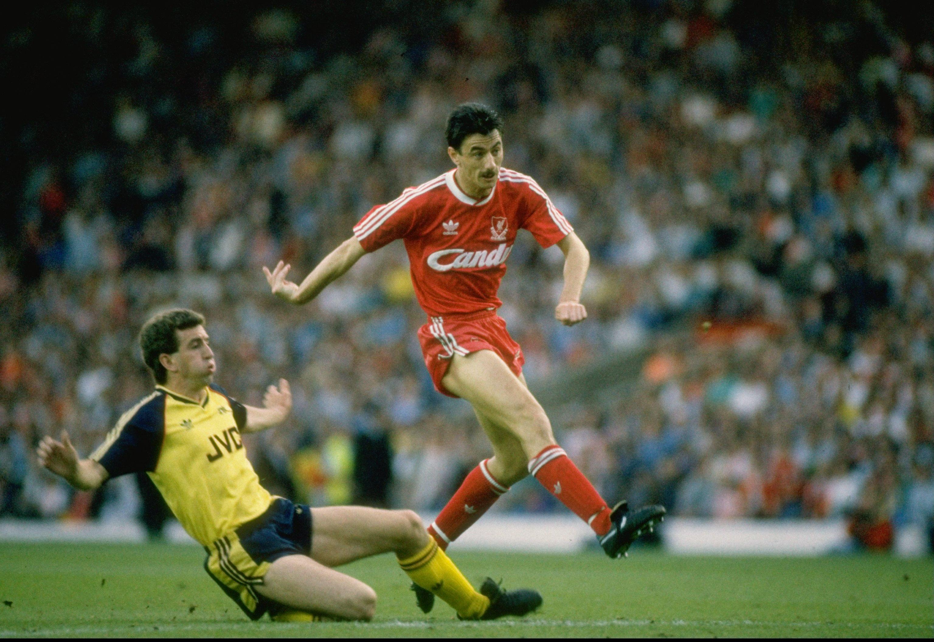 Liverpool Arsenal 051989 Ian Rush Nigel Winterburn
