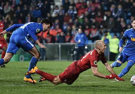 Diving Robben Bikin Pelatih Bochum Malu
