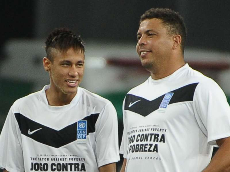 Resultado de imagen para foto de ronaldo nazario y neymar