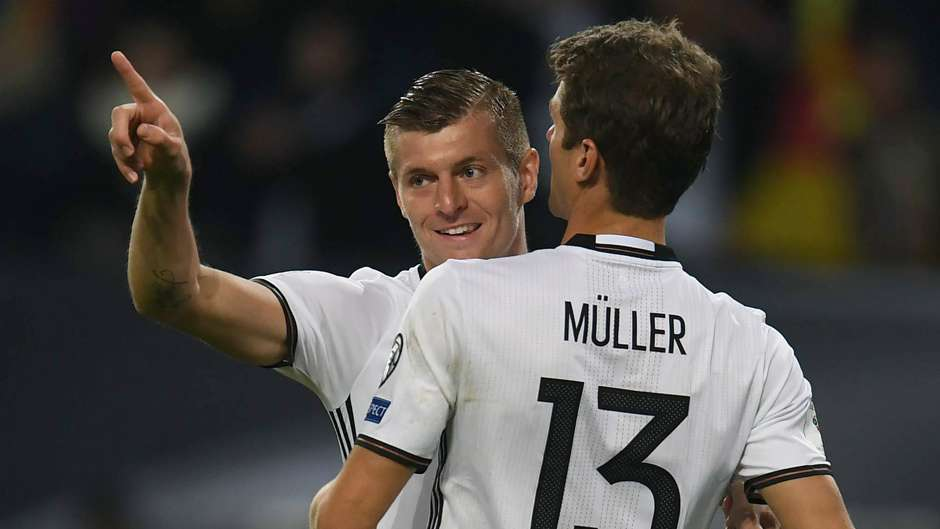 TONI KROOS THOMAS MULLER GERMANY CZECH REPUBLIC WC QUALIFICATION 08102016