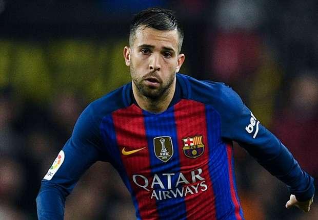 ألبا ينصح برشلونة بضم نجم ريال مدريد -