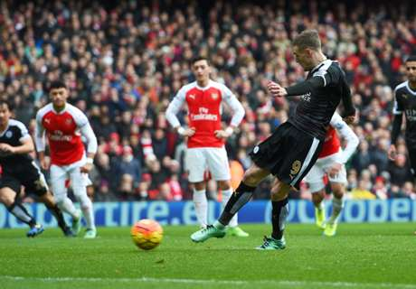 HT: Arsenal 0-1 Leicester