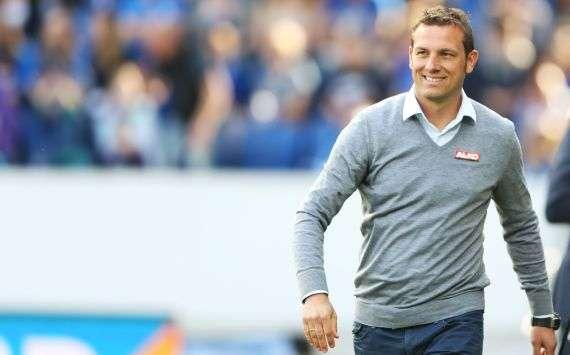 Blickt entspannt in die zukunft beim FC Augsburg: Markus Weinzierl