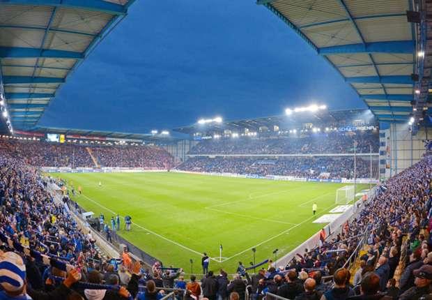 2 liga bielefeld verlegt nach 16 jahren neuen stadionrasen. Black Bedroom Furniture Sets. Home Design Ideas