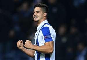 Portos Andre Silva eröffnete den Torreigen gegen Leicester City