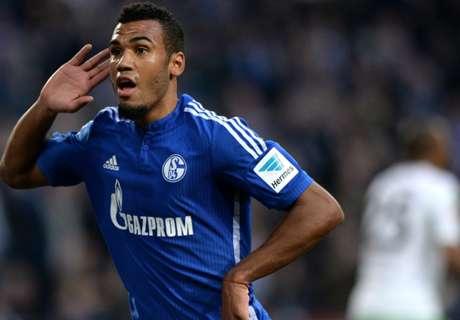 Choupo-Moting leads Schalke fightback
