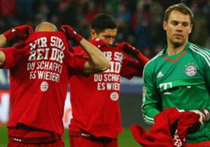 Der Auftritt der Münchner in Augsburg verlief siegreich - und stand im Zeichen des verletzten Holger Badstuber. Der HSV feiert den ersten Dreier des Jahres und auch die Siegesserie der Schwaben geht weiter. Hier kommen die besten Bilder des Spieltags.