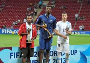 Paul Pogba (M.) sicherte sich vor zwei Jahren mit Frankreich den Titel bei der U20-WM in der Türkei und wurde anschließend zum besten Spieler des Turniers gewählt - wer tritt in seine Fußstapfen. Wir präsentieren die Top-Talente beim Turnier in Neuseel...