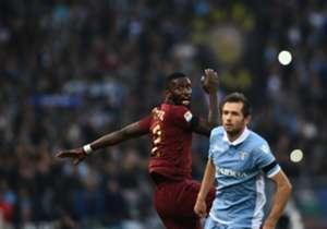 Antonio Rüdiger (l.) gewann mit der Roma das Derby gegen Lazio
