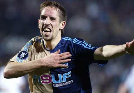 Sir Alex Hanya Butuh 45 Menit Untuk Tolak Ribery