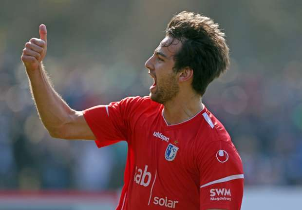Schoss Magdeburg in Runde zwei: Christian Beck