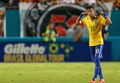 Roberto Carlos - Neymar should be on Ballon d'Or list ahead of Neuer