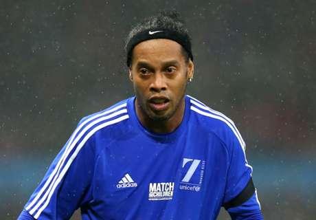 Agen: Ronaldinho Siap Kembali Bermain Sepakbola Profesional