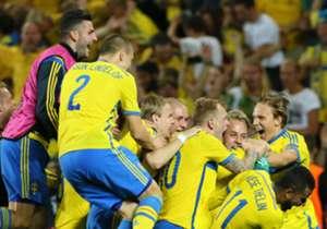 Vom 17. bis zum 30. Juni fand in Tschechien die U21-EM 2015 statt. Die deutsche Elf zog im Halbfinale gegen Portugal den Kürzeren, die Krone setzten sich überraschend die Schweden auf. Die besten Bilder zum gesamten Turnier.