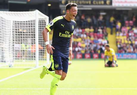 VIDEO: Özil brilliert bei Arsenal