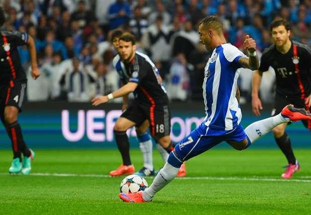 Porto 3-1 Bayern Munich: Dominant hosts down Pep's men