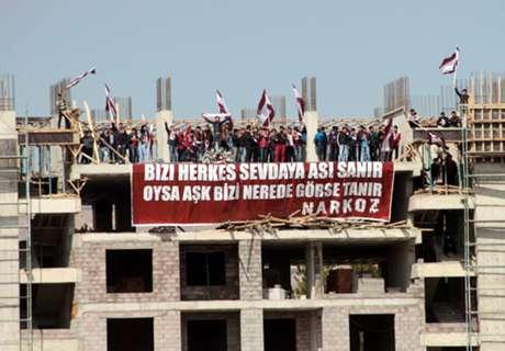 Türkei-Fans umgehen Stadionsperre