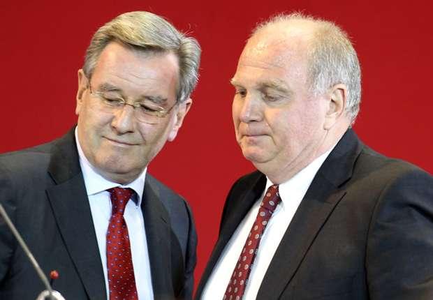 Uli Hoeneß hat sein Amt am Freitagabend an Karl Hopfner übergeben