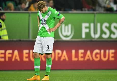 Bendtner in goal... con Julie Zangenberg!