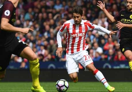 El Stoke descarta la salida de Bojan