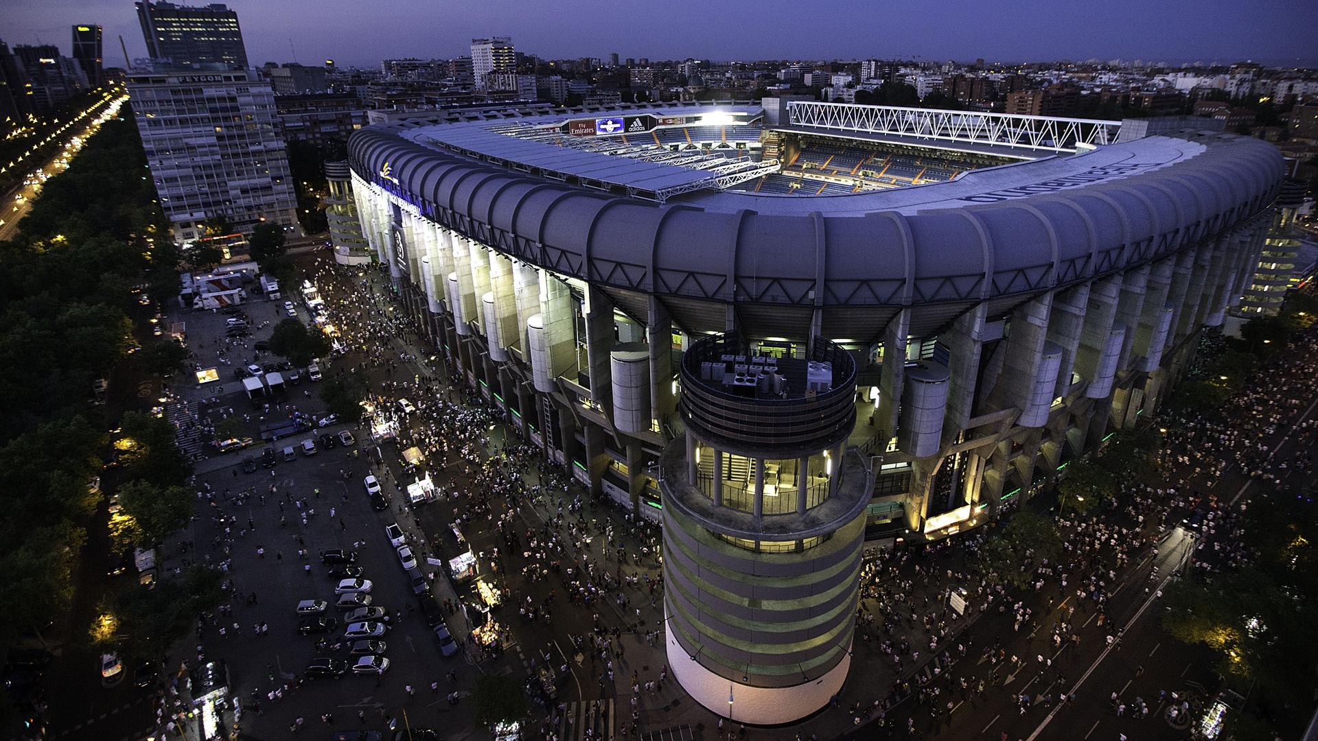 Real Madrid, 400 milioni per il nuovo Bernabeu. Uno stadio spaziale