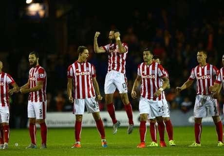 League Cup: Stoke mit Glück weiter
