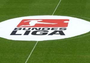 Am Freitag (20.30 im LIVE-TICKER) eröffnet der FC Bayern München gegen Werder Bremen die heiß ersehnte Bundesliga-Saison. Seit 2002 startet die Meisterschaft mit einem Heimspiel des Titelverteidigers. Goal hat für Euch die Fakten zur neuen Bundesliga-S...