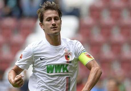'Wolfsburg praat met Verhaegh'