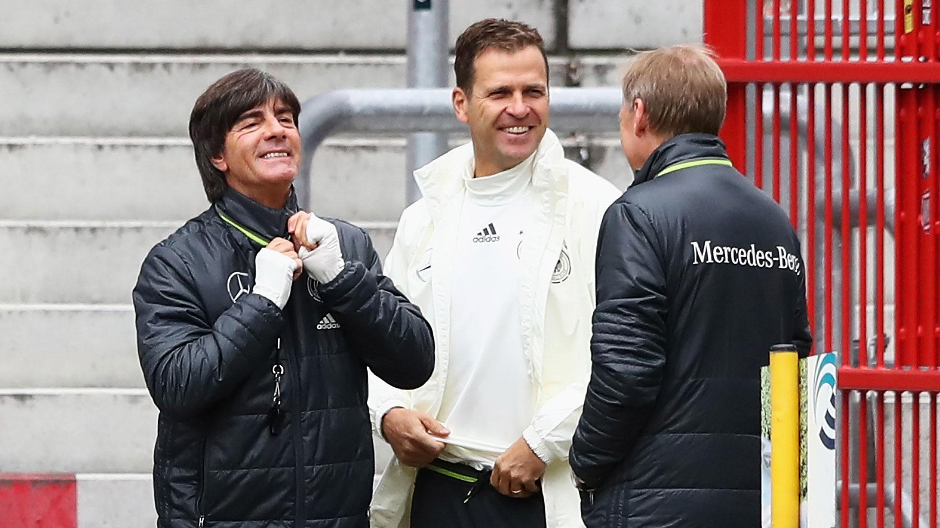 Joachim Löw Oliver Bierhoff DFB-Team WM-Qualifikation 06102016