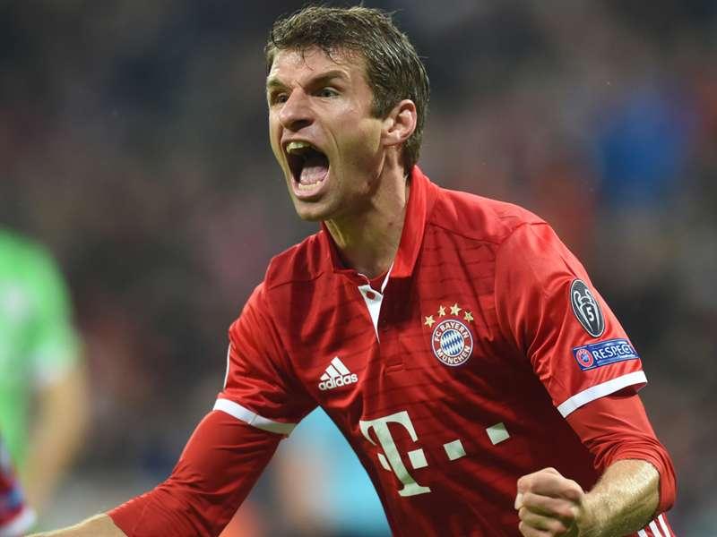FC Bayern: Thomas Müller in Augsburg auf der Bank