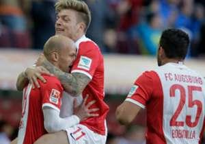 FC AUGSBURG - VFB STUTTGART 2:1 | Tobias Werner (l.) hatte die Hausherren nach Konfusion in der Stuttgarter Abwehr früh in Führung gebracht.