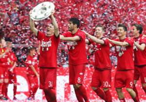 A Bundesliga chegou ao fim. Com apenas um brasileiro, a seleção da temporada tem seis atletas do Bayern de Munique. O time de Pep Guardiola é maioria entre os onze melhores.