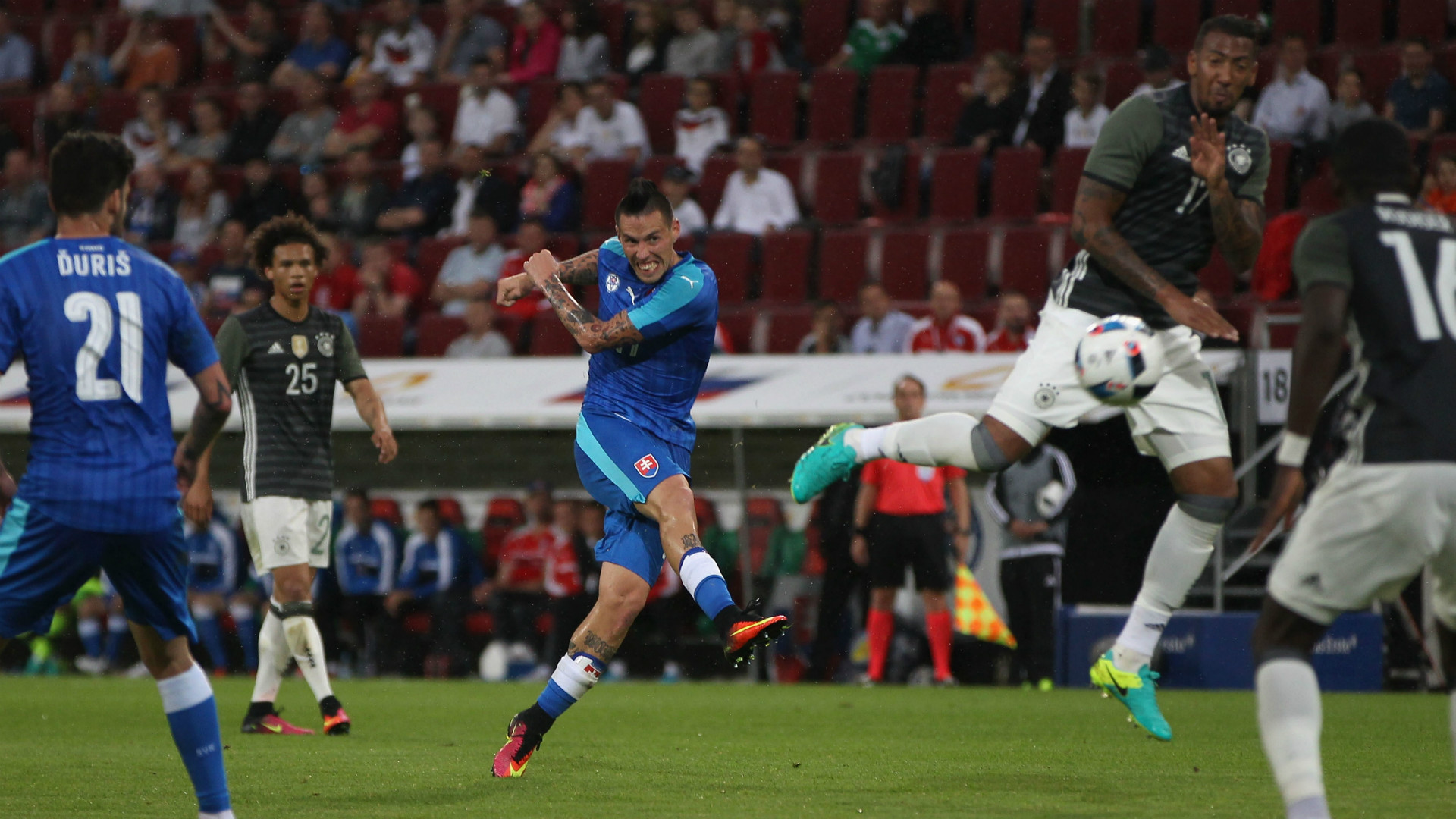 La Slovacchia stende la Germania: spazio anche a Skriniar nel finale